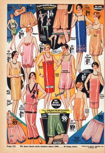 Damenunterwäsche aus Rayon, glänzender Seide, Rayon-Baumwoll Krepp und gestricktem Jersey für Frauen und Backfische. Die Auswahl besteht aus zweiteiligen Bustier-Pumphöschen Kombinationen (A), Pumphöschen (B, L, M, P), langen Unterhemden (C, E, F, J), einteiligen Hemd-Pumphöschen Kombinationen (D, G, H, N) und Pyjamas (K).