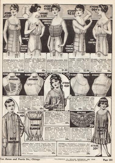 """Oben: Korsetts und Hüftgürtel aus Coutil mit elastischen Einsätzen sowie ein """"Bust Reducer"""" (dt. wörtlich """"Brustreduzierer"""") aus Gummi. Mitte: Bustiers aus Netzstoff und Trikot mit Haltern und Frontöffnung. Unten: Nachthemd für Jungen zwischen sechs und 14 Jahren, ein Pumphöschen für junge Damen, ein Nachthemd für Mädchen aus Flanell, Brustrüschen und ein Unterhemdchen für vier bis achtjährige Mädchen."""