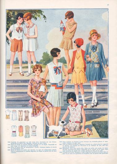 5592: Pantalon de garçonnet en toile brun clair, boutonné sur une blouse-chemisier en petite soie blanche. Cravate en soie à pois. 5593: Robe de fillette en batiste blanche, formant un col triple. Dépassant en soie rouge vif. Garniture de nids d'abeilles. 5594: Robe de petite fille en marquisette à fleurs. Ceinture, bandes et nœuds en marquisette unie. 5595: Robe de fillette en petite soie blanche. La jupe est entièrement plissée. Nœuds, monogramme et bandes disposées en étages en petite soie de deux couleurs. 5596: Robe d'enfant en foulard à pois, formant des éventails plissés et intercalés. Ceinture en soie unie. 5597: Robe de fillette en foulard imprimé, formant un volant plissé et rapporté en festons. Les bandes de l'encolure et la ceinture en soie unie sont garnies de boutons. 5598: Ensembles d'été pour petite fille. Robe en petite soie jaune, de forme blousée dessinant des godets. Dépassant de la couleur de la veste. Veste sans manches en petite soie orange, garnie du tissu de la robe. 5599: Complet de fillette. Manteau et jupe rapportée en petite soie bleu clair. Le haut de la robe et la garniture du manteau sont en petite soie quadrillée.