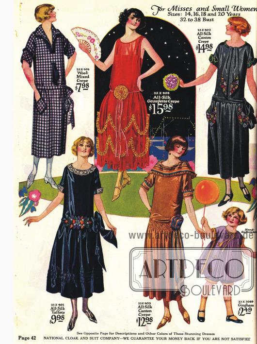Kleider, davon drei Stilkleider, für die junge oder klein gewachsene Dame.