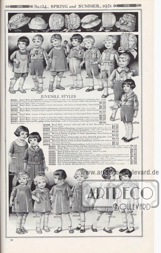Nr. 124, FRÜHLING und SOMMER, 1921.  MODELLE FÜR KLEINKINDER. 49S41: Anzug für Jungen aus Chambray, in einer Reihe von Farben, mit von Hand gearbeiteten Nähten aus kontrastierender Seide; in hellbraun mit braunen Nähten oder blau mit Nähten in Kopenhagener Blau; die Hose, der Kragen, die Manschetten und die Taschen sind in der dunkleren Farbe; Größen 2 bis 4 Jahre… 3,35 $. 49S42: Anzug für Jungen; Hose aus blauem oder braunem Devonshire, mit Bluse aus gestreiftem Barchent; handgenäht; Größen 2 bis 5 Jahre… 3,75 $. 49S43: Anzug für Jungen aus braunem oder blauem Chambray, mit weißer Borte eingefasst; Größen 2 bis 4 Jahre… 2,95 $. 49S44: Anzug für Jungen; Hose aus blauem oder grünem Devonshire, mit Bluse aus weißer Popeline; Handstickerei; Größen 2 bis 5 Jahre… 3,40 $. 49S45: Anzug für Jungen; Hose aus biskuitfarbenem oder grünem Chambray, mit Bluse aus weiß gestreiftem Barchent; Handstickerei; Größen 2 bis 5 Jahre… 3,90 $. 49S46: Anzug für Jungen; Hose aus grünem oder maisfarbenem Devonshire; Bluse aus weiß gestreiftem Madras; 2 bis 5 Jahre… 3,00 $. 49S47: Anzug für Jungen; Hose aus blauem oder hellbraunem Chambray; Bluse aus weiß gestreiftem Madras; Größen 2 bis 5 Jahre… 2,45 $. 49S47A: Wie Nr. 49S47 aus hellbraunem Chambray; Manschetten aus weißer Popeline; Kragen mit weißer Popeline eingefasst; Größen 2 bis 5 Jahre… 2,45 $. 49S48: Anzug für Jungen; Hose, Kragen und Manschetten aus blauem Devonshire; Bluse aus weißer Popeline; Größen 2 bis 5 Jahre… 3,45 $. 49S49: Kleidchen aus blauem Chambray, mit weißer Borte abgesetzt; rote Krawatte; 2 bis 5 Jahre… 2,45 $. 49S50: Kleidchen aus blau oder rot kariertem Gingham, Kragenmanschetten und Laschen an den Taschen sind aus weißem Pikee, mit Seidenstich passend zum karierten Stoff; Größen 2 bis 5 Jahre… 2,25 $. 49S51: Pumphöschen-Kleid aus grünem oder blauem Chambray, handgenäht und handgestickt; Größen 2 bis 5 Jahre… 3,25 $. 49S52: Pumphöschen-Kleid aus lavendelfarbenem oder blau kariertem Gingham, mit weißen Borten und von