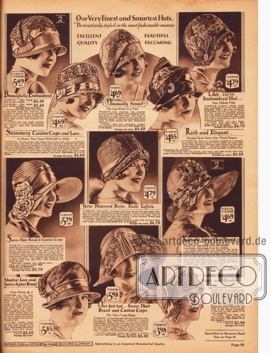"""Exquisite und aufwendig gestaltete Damenhüte aus Faille Taft und """"Pedaline"""" Strohgeflecht, Kanton Krepp, """"Bengaline"""" Stroh, Satin und halbtransparentem """"Pyroxaline"""" Geflecht (Kunstfaser), """"Bengaline Faille"""", """"Swiss hair braid"""" (wahrscheinlich Rosshaar) und """"Swiss Ajour hair braid"""" (Stroh-Rosshaargeflecht).Gerade die oberen Modelle zeigen ausgedehnte Stickereien am Hutkopf. Des Weiteren werden Ripsbänder, strassbesetzte Hutnadeln sowie Kunstblumen und Blüten als Aufputz verwendet. Unten links befindet sich zudem ein Hutmodell speziell für die ältere Dame."""