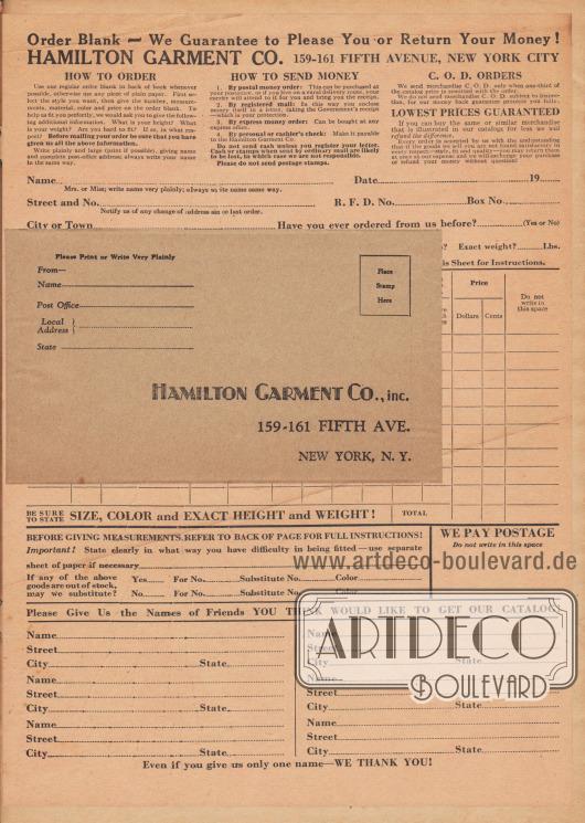 Lose Beilage: Briefumschlag zur Versendung der Bestellung, adressiert an Hamilton Garment Co., Inc., 159-161 Fifth Ave., New York, N. Y. (USA).  Maße des Umschlags: 15,2 x 8,9 cm / 6,0 x 3,5 Inch.