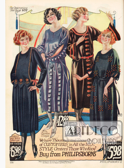 """Kleider für das modebewusste """"Fräulein"""". Die Kleider bestehen aus Woll-Serge, Seiden-Krepp und Samt. Das zweite Kleid ist mit angenähten Schleifen an Ärmeln und Rock und mit Rosetten garniert. Die Ärmel sind geschlitzt bis zum Ellenbogen. Die Taillenschärpen sind elastisch um das Anziehen zu erleichtern. An den Damen sieht man, dass sich Kurzhaarfrisuren immer stärker durchsetzten."""