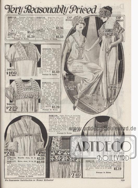 """""""Anmutige Nachthemden zu sehr vernünftigen Preisen"""" (engl. """"[Dainty Night Gowns] Very Reasonably Priced""""). Lange Nachthemden und Boudoir Nachthauben für Damen. Die Nachtwäsche ist aus Nainsook (Musseline) und Lingerie Batist hergestellt. Die Wäsche ist reich bestickt und wahlweise mit bogigen Kanten, Biesen, Hohlnähten, Einsätzen, Schleifen oder Rüschen versehen. Modell 24K119 ist mit Reihziehungen auf der Brust ausgestattet. Valenciennesspitze und Filet Spitze bei zwei Modellen. Zumeist kurze Ärmel. Das Modell 24K112 wurde von Hand auf den Philippinen bestickt und importiert."""