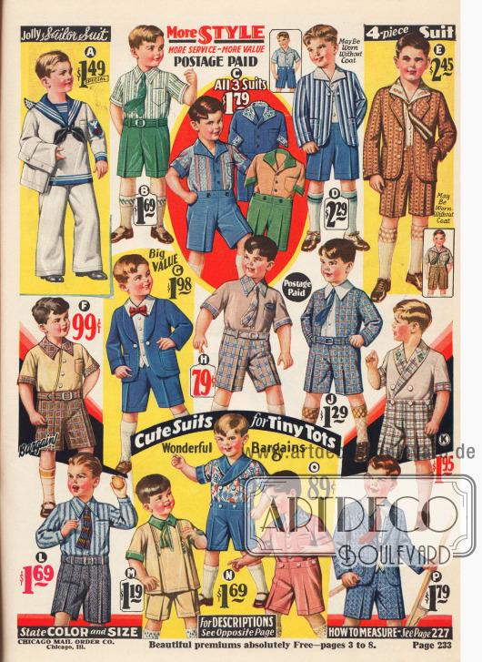"""""""Lustiger Matrosenanzug"""" oder """"Süße Anzüge für kleine Knirpse"""" (engl. """"Jolly Sailor Suit"""" and """"Cute Suits for Tiny Tots""""). Zweiteilige und dreiteilige Anzüge bestehend aus Hose, Hemd und teilweise Jäckchen für Jungen im Alter von 2 bis 8 Jahren. Matrosenanzüge wie oben links waren auch in den USA der 1920er Jahre populär. Die Anzüge sind aus Jeans Stoff, """"Peggy Cloth"""" (C), Baumwoll-Breitgewebe, Chambray, """"Dobby Broadcloth"""" (D), Baumwoll-Cheviot und Madras, Baumwolle, importiertem Leinengewebe, Baumwoll-Perkal, Woll-Kaschmir und Breitgewebe."""