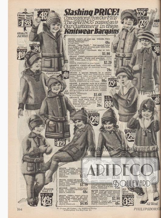Strickkleidung für kleine Mädchen, die im Winter gut warmhalten. Zu sehen sind Strickpullover aus Baumwolle und Wolle und drei- und vierteilige Ganzkörperanzüge.
