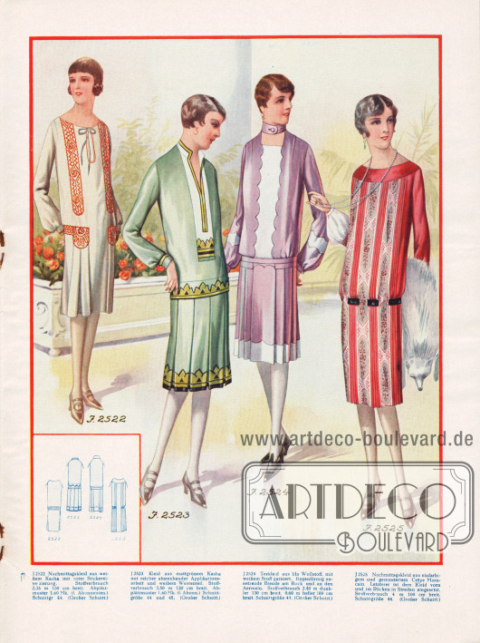 Die beiden Nachmittagskleider links und das rote Kleid rechts sind aus Kasha geschneidert. Das lila Kleid ist ein Teekleid.