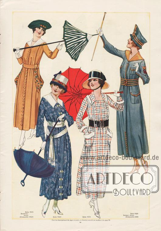 9335 & 10621: Schlicht elegantes Mantelkleid mit weißer Kragen- und Aufschlaggarnitur. Weite, rund ausgeschnittene Taschen sind beidseitig dem Modell aufgesetzt und mit Stickerei nach der Vorlage des Abplättmusters 10621 bestickt. Zur Herstellung einer Version dieses Kleides für den Sommer bieten sich Baumwoll-Gabardine, Baumwoll-Popeline oder Coutil sowie karierte Stoffe wie Gingham, Chambray oder Shantung an. Für eine herbstliche Version des Kleides werden Serge, Gabardine, Woll-Jersey oder andere karierte Wollstoffe empfohlen. 9323: Elegantes Mantelkleid für den Nachmittag mit mehreren Schließen als Verschluss. Ein weißer Kragen aus Voile und ein ebenfalls weißes Gürtelband ergeben einen reizvollen Kontrast zum blau gemusterten Stoff. Den weiten Unterärmeln sind enge Manschetten angenäht. Leinen, gestreifte oder karierte Stoffe, Gingham oder Chambray, Satin, Charmeuse, Crêpe de Chine, Crêpe Meteor, Taft, Shantung, Pongee, Waschseide oder Waschsatin sowie weiches Serge sind die geeigneten Gewebe für dieses Modell. 9331: Einfaches, aber kleidsames Tageskleid aus kariertem Stoff mit Knöpfen auf der Brust, einem breiten Ledergürtel mit Schnalle, aufgesetzten Taschen und weißer Garnitur. Gingham, Chambray, Baumwoll-Popeline sowie Leinengewebe aller Art werden für die noch warmen Tage empfohlen. Für die kühleren Herbsttage empfehlen sich feines Serge, Woll-Jersey, Trikotine oder karierter Leinestoff. 9321 & 2355: Militärisch aufgemachtes Mantelkleid mit goldgelber Kragengarnitur, Knöpfen und Randeinfassungen sowie mit aufgesetzten Taschen mit Klappen. Die militärische Stickerei kann mit Hilfe des Abplättmusters 2355 reproduziert werden. Baumwoll-Gabardine, Coutil, Khakigewebe, Baumwoll-Popeline oder Pikee bieten sich zum Nachschneidern dieses Modells an. Für die herbstliche Übergangszeit kann das Modell auch aus karierten oder in Schachbrettmustern verarbeiteten Wollgeweben, Serge oder Gabardine gearbeitet werden.