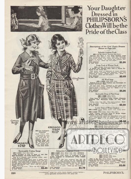 """""""Ihre Tochter wird in Kleidung von Philipsborns zum Stolz der Klasse werden"""" (engl. """"Your Daughter Dressed in Philipsborn's Clothes Will be the Pride of the Class""""). Zwei Schulkleider aus marineblauem Baumwoll-Serge oder blau- bzw. rosa kariertem Gingham für 7 bis 14-jährige Mädchen. Das erste Kleid ist im Matrosen-Stil aufgemacht mit weißen, feinen Streifen an Kragen und den großen Beuteltaschen. Eine große Schleife aus Popeline rundet das Modell ab. Der Rock zeigt einzelne grobe Plisseefalten. Das rechte Modell besitzt ebenfalls abstehende Beuteltaschen, die oben mit Knöpfen befestigt sind. Der bestickte Kragen sowie der ebenfalls aus Chambray hergestellte und mit Knöpfen besetzte Westeneinsatz setzen sich farblich vom Kleid ab."""