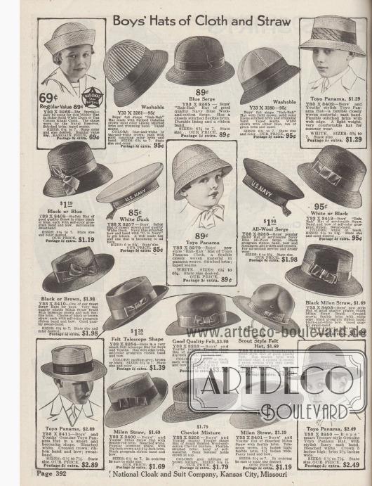 """""""Hüte aus Stoff und Stroh für Jungen"""" (engl. """"Boy's Hats of Cloth and Straw""""). Sommerhüte aus dunklem oder hellem Stroh und Glanzstroh, sportliche Strand- und Spielhüte (hier """"Rah-Rah Hats"""" genannt), Matrosen- und Segelhüte mit der Aufschrift """"U.S. Navy"""", ein Pfadfinderhut sowie Teleskop-Hüte, Fedora Hüte aus Filz (""""Trooper shape Hat""""), Toyo-Panama Hüte und Strohhüte aus Milanstroh. Fast alle Modelle mit Ripsbändern und Schleifen."""