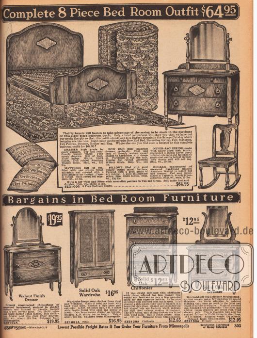 """Oben wird eine 8-teilige Schlafzimmer Garnitur bestehend aus einem breiten Ehebett, Sprungfedern aus Metall, einer Matratze, einem Teppich, einer Kommode mit Spiegelaufsatz, zwei Kissen und einem Schaukelstuhl für insgesamt 64,95 Dollar vertrieben. Die Möbel sind aus Walnussfurnier.Unten werden zwei Kommoden mit Spiegelaufsatz, ein Kleiderschrank sowie eine hohe Kommode mit fünf Schubfächern (engl. """"Chiffonier"""") offeriert. Diese Möbel sind aus Eiche und anderen Harthölzern."""