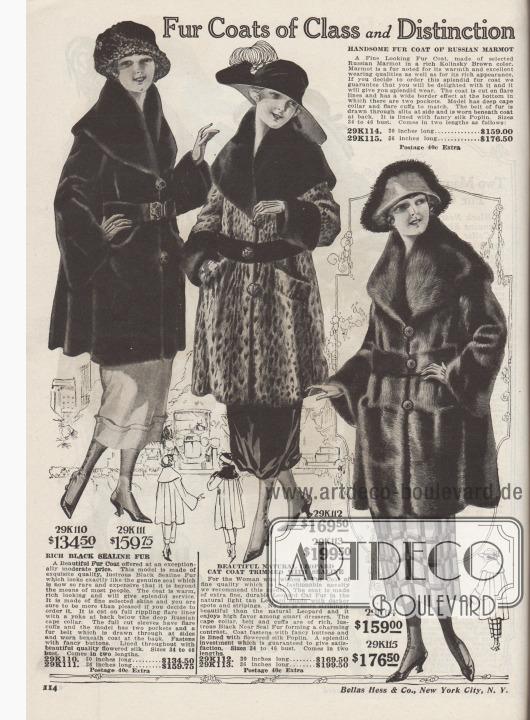 """""""Distinguierte Pelzmäntel mit Klasse"""" (engl. """"Fur Coats of Class and Distinction""""). 29K110 / 29K111: Dreiviertellanger Pelzmantel aus glänzend schwarzem """"Sealine Fur"""" (auf Robbe geschorenes und gefärbtes, australisches Kaninchenfell), zum Preis von 134,50 Dollar bei 30 Inch Länge (76,2 cm) oder 159,75 Dollar bei 36 Inch Länge (91,44 cm). Großzügig geschnittener Mantel mit weitem Faltenwurf und mit breitem russischem Cape-Kragen. Glockenärmel sowie Pelzgürtel. Bunt geblümtes Seidenfutter. 29K112 / 29K113: Typisch gefleckter Leoparden-Pelzmantel mit Manschetten, Pelzgürtel und breitem Cape-Kragen aus glänzend schwarzem """"Near Sealine Fur"""" (auf Seehundfell geschorenes und gefärbtes Kaninchen) für 169,50 Dollar (bei 30 Inch Länge, 76,2 cm) oder 199,50 Dollar (bei 36 Inch Länge, 91,44 cm). Mantel mit eingelassenen Taschen, fantasievollen, großen Knöpfen und buntem Seiden-Popeline-Futter. 29K114 / 29K115: Dreiviertellanger Pelzmantel aus kolinskybraunem, russischem Murmeltierpelz zum Preis von 159,- Dollar bei 30 Inch Länge (76,2 cm) oder 176,50 Dollar bei 36 Inch Länge (91,44 cm). Mantel in großzügig weitem Schnitt mit grazilem Faltenwurf, Glockenärmeln und breitem Cape-Kragen. Der Pelzgürtel ist durch seitliche Schlitze geführt. Zwei Taschen sowie farbig gemustertes Seiden-Popeline als Mantelfutter."""