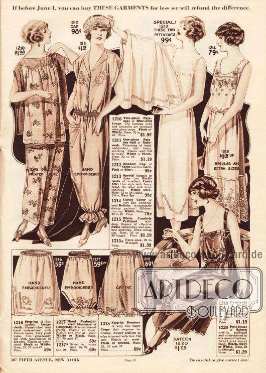"""Schlafanzüge, Pyjamas, Nachthemden, Boudoir Hauben, Unterröcke (Petticoats), Höschen und Pumphöschen aus bedrucktem Kreppstoff, Nainsook (besonders leichter Musselin), Satin und Spitze, """"Longcloth"""" (engl. Baumwollgewebe, schwerer als Batist) und Batist.Bei den Pyjamas oben links handelt es sich um ein zweiteiliges Modell mit weitem Oberhemd und rechts daneben um ein einteiliges Modell. Rechts daneben befinden sich drei Unterröcke (darunter ein Unterrock mit Hemd) mit Stickereien und Durchbruchstickerei. Unten links sind zwei Schlupfhöschen und ein Pumphöschen zu sehen – alle bestickt oder mit Spitze versehen."""