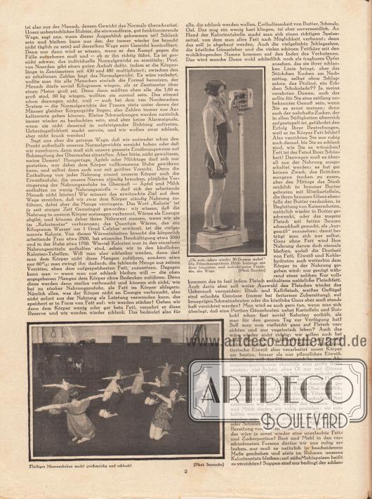 """Artikel: Parsen, P., Die Kunst, jung und schön zu sein. 3. Die schlanke Figur von P. Parsen [3. Teil der Artikelserie]. Abgebildet sind zudem zwei Fotografien mit den Bilderklärungen """"'Oh weh, schon wieder 50 Gramm mehr!' Die Filmschauspielerin Hilde Jennings [1906-?] mit ihrer treuesten und aufrichtigsten Freundin, der Wage"""" sowie """"Fleißiges Mensendieken macht geschmeidig und schlank!"""". Fotos: Sandau; Sennecke."""