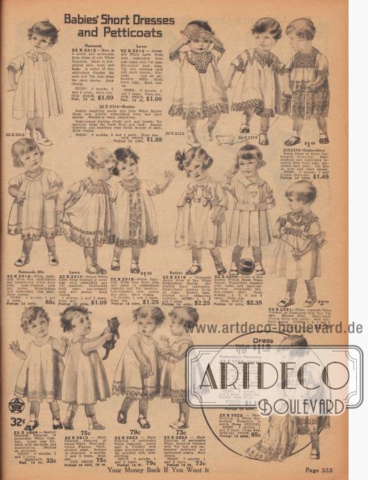 """""""Kurze Kleider und Petticoats für Kleinkinder"""" (engl. """"Babies' Short Dresses and Petticoats""""). Kurze Kleider für Jungen und Mädchen von 6 Monaten bis 2 Jahre. Die Kleidchen sind aus Nainsook, Batist bzw. Linon, französischem Leinen oder Woll- und Baumwollgewebe hergestellt. Bogige Kanten, reiche Stickereien, Hohlsaumnähte und Spitzeneinsätze aus Valenciennesspitze zieren die Modelle. Unten links befinden sich ärmellose """"Gertrude Petticoats""""."""
