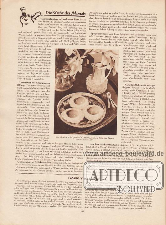 """Artikel: O. V., Die Küche des Monats (Sauerampferpüree mit verlorenen Eiern, Lammbrust mit Champignonfüllung, Gemüsesalat mit Schinkentütchen, Spiegeleierspeise, Kartoffelbällchen mit würziger Beigabe, Harte Eier in Schnittlauchsoße); o. V., Reklamezauber.  Im Zentrum des Artikels befindet sich eine Fotografie mit der Bilderklärung """"Sie glauben – Spiegeleier? O nein! Lesen Sie bitte das Rezept"""". Foto: Cläre Sonderhoff (Lebensdaten unbekannt)."""