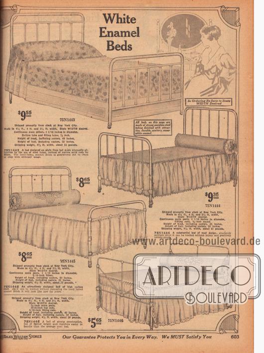 Vier günstige und einfache, aber sehr elegante Metallbetten, die in verschiedenen Breiten angeboten werden, aus weiß emaillierten Stahlrohren und Stäben zu Preisen von 5,65 bis 9,55 Dollar. Die Betten besitzen Rollen an den Beinen zum leichteren Verrücken und Verschieben im Schlafzimmer.