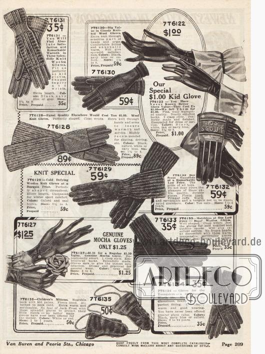 """Stickhandschuhe und Fausthandschuhe vorrangig aus Wolle für Frauen, Mädchen und Jungen. Mehrere Handschuhe haben verlängerte Schäfte um auch die Unterarme warmzuhalten. Des Weiteren befinden sich auf dieser Seite auch verstärkte Handschuhe für """"Boy Scouts"""" (dt. """"Pfadfinder"""", Mitte rechts) sowie Fäustlinge für Kinder mit Nackenband (unten links)."""