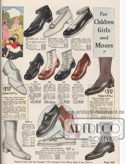 Schuhe mit Knöchelschnallen und Sandaletten für kleine Mädchen und Stiefel für junge Damen.