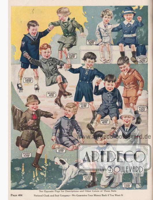 Spielanzüge für kleine Jungen von zweieinhalb bis 8 Jahren. Ein- und mehrteilige, strapazierfähige Anzüge z.B. im Marinestil aus Leinen, Khaki, Galatine, Chambray und Baumwollstoff.