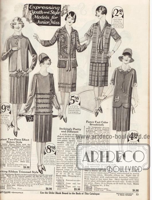 Sommerliche Kleider aus bedruckten oder unifarbenen Geweben wie Seiden Krepp, Kanton Seiden Krepp, Baumwoll-Breitgewebe oder glänzendem Rayon für junge Frauen im Alter von 13 bis 19 Jahren.Alle Kleider präsentieren Röcke mit tiefen Kellerfalten oder sind aus plissiertem Material. Zwei Kleider werden mit einem Bolero-Jäckchen getragen. Motiv-Stickereien, Schleifchen mit langen Bändern, Krawatten oder mehrfach Gürtel dienen als Aufputz der einzelnen Modelle.