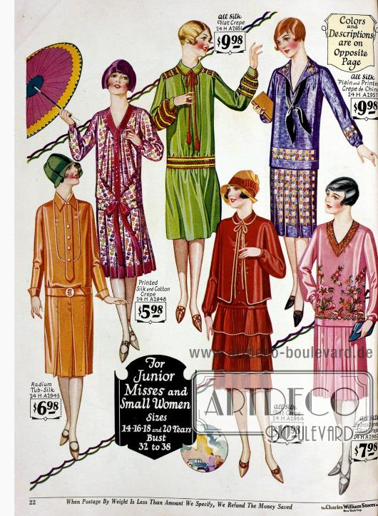 """Kleider für """"junior Misses"""" oder klein gewachsene Frauen aus teilweise bedruckten oder bestickten Seidenkreppstoffen, Crêpe de Chine und Baumwolle."""