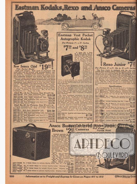 """""""Eastman Kodaks, Rexo und Ansco Kameras"""" (engl. """"Eastman Kodaks, Rexo and Ansco Cameras""""). Kleine Rollfilm-Fotokameras im Brusttaschenformat der Marken Eastman Kodak (Modelle No. 1A und 2A), Rexo (Modelle Junior No. 1, 1A und 3) sowie Ansco (Modelle """"Buster Brown"""" No. 2, 2A, 2C und 3 oder Junior No. 1A und 3A). Der Kinderfotoapparat unten links ist der berühmten Boxkamera namens """"Eastman Brownie No. 2"""" nachempfunden."""