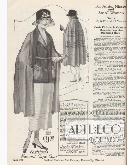 """""""Der Mode neuester Umhang-Mantel"""" (engl. """"Fashion's Newest Cape Coat""""). Kurzmantel mit angeschnittenem Umhang aus einem Baumwoll-Woll-Anzugstoff (""""covert cloth"""") und Velours in farblich kontrastierendem Grau-Olivgrün für junge Frauen im Alter von 13 bis 19 Jahren oder zierliche Damen, die kleine Konfektionsgrößen benötigen. Der Kurzmantel zeigt große aufgesetzte Taschen und einen schmalen Stoffgürtel. Die langen Überwurf-Schalenden sind wie die Taschen und der weit geschnittene Umhang mit Knöpfen versehen. Die Rückenpartie ist mit Paspel-Reihen versehen. Umhang ohne Futter."""