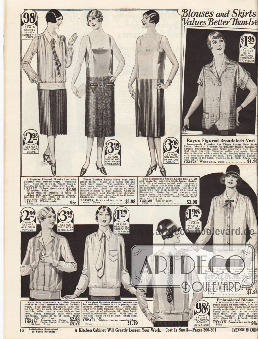 """Plissierte Röcke oder Röcke mit Kellerfalten sowie Blusen und Sportblusen für Damen. Die Röcke sind aus Woll-Krepp-Mischgewebe, Woll-Tweed und Baumwoll-Seide. Zu den Röcken gehören auch die gezeigte Krawatte aus Dimity (dt. """"Barchent"""", Mischgewebe aus Baumwolle und Leinen) und die Leibchen. Die Blusen bestehen aus Jacquard-Breitgewebe, Seiden-Pongee, merzerisiertem Breitgewebe oder importiertem englischen Breitgewebe. Einzelne Exemplare sind mit Biesen oder Stickereien versehen. Oben rechts eine doppelreihige Bluse mit kurzen Ärmeln."""
