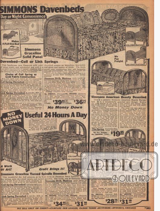 """Ausziehbare Tagesbetten der US-weit bekannten Herstellermarke Simmons, die tagsüber als Sofa genutzt werden und nachts als Gästebetten fungieren – hier """"Davenbeds"""" genannt in Anspielung auf ausziehbare Davenport-Sofas. Die Bettgestelle sind aus emailliertem Metall in Holzoptik. Alle Modelle werden mit einer dünnen Matratze aus gepresster Baumwolle mit ringsum geführtem Stoffvolant geliefert. Wahlweise können die darunterliegenden Stahlmatratzen als Stahlfedern oder als günstigere Variante als Stahlgitternetz bestellt werden."""