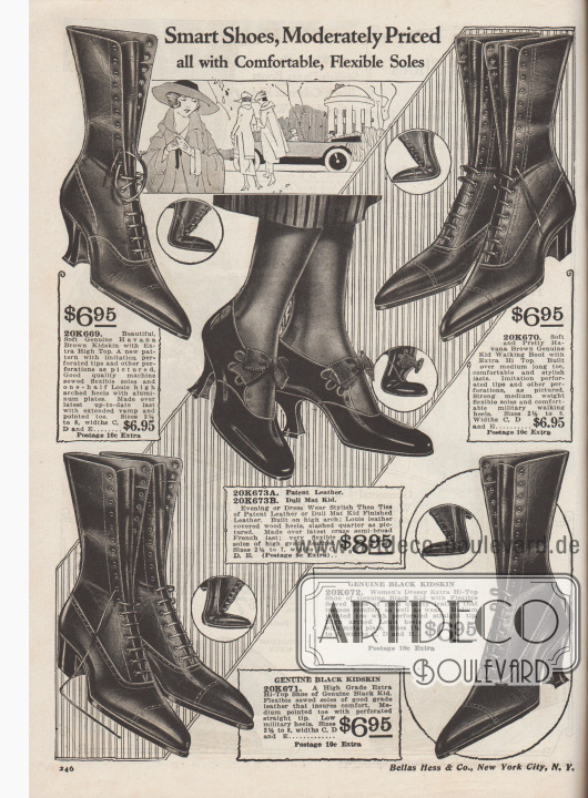 """""""Elegante Schuhe zu moderaten Preisen, alle mit bequemen, flexiblen Sohlen"""" (engl. """"Smart Shoes, Moderately Priced all with Comfortable, Flexible Soles""""). Vier Paare Schnürstiefel aus havannabraunem oder schwarzem Chevreauleder (Ziegenleder) und ein Schnallenschuh-Paar mit Schleife aus Lackleder für Damen. Damenstiefel mit Lyralochung über der Querkappennaht. Die Schuhe zeigen geschwungene Louis XIV Absätze oder mittelhohe militärische Laufabsätze. Die Schnallenschuhe sind vor allem für abendliche Anlässe ideal."""