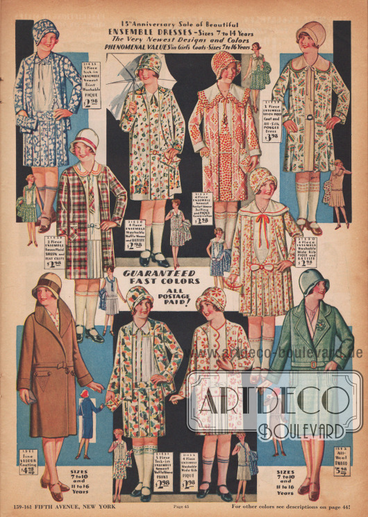 Auch diese Kleidchen für Mädchen sind im Stil der neuen Linie aufgemacht und imitieren die Mode der Erwachsenen.