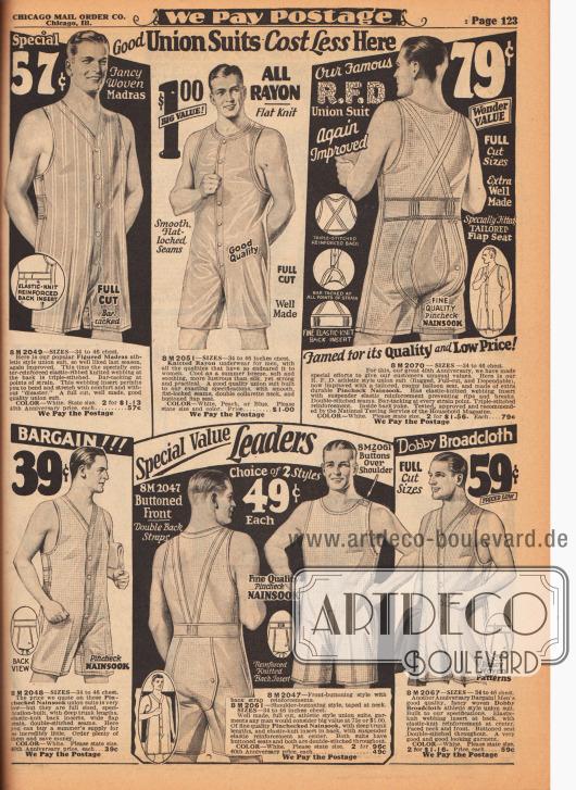 """Athletische, kurzärmelige und kurzbeinige Herrenunterwäsche – Hemdhosen (engl. """"union suits"""") – aus gemustertem Madras, gestricktem Rayon, fein kariertem Nainsook (besonders leichter Musselin, Baumwollgewebe) sowie Breitgewebe in Maschenmusterung. Die Hemdhosen können über Knopfleisten in der Front oder per Knopfverschluss an einer Schulter geschlossen werden. Die Rückenpartien (siehe Modell oben rechts) und Nähte sind besonders verstärkt, um eine lange Haltbarkeit und Strapazierfähigkeit gewährleisten zu können. Praktische aufknöpfbare Hosenböden."""