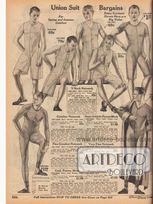 Sommerlich leichte sowie athletische Hemdhosen mit Frontverschluss für junge Männer und Herren. Die kurzbeinigen und ärmellosen Hemdhosen sind aus kariertem Nainsook (leichter Baumwollmusselin), die Modelle mit langen Armen und Beinen aus porigem Gewebe mit grober Maschenweite oder gerippter Baumwolle. Knöchel und Handgelenke mit elastischen Bündchen. Alle Modelle mit Gesäßklappe.