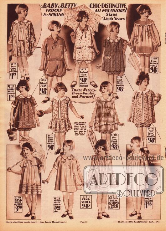 """Kleidchen mit Pumphöschen (engl. """"bloomer dresses"""") für 2 bis 6-jährige Mädchen. Oben links und unten rechts finden sich auch zwei Ensembles für kleine Mädchen. Die Kleidchen sind aus waschbarer Rohseide, Khaki-Jeansstoff, französischem Schleierstoff (Voile), Seide, Seiden Crêpe de Chine oder Pikee hergestellt. Viele Stoffe sind farbig bedruckt oder sind mit Stickereien versehen. Die feineren Sommermodelle sind mit zierlichen Rüschen garniert."""