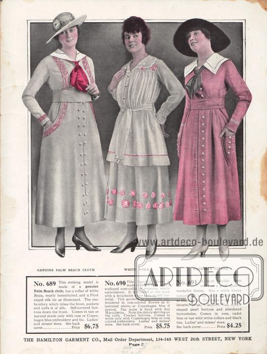 """Einfache Sommerkleider für Frauen aus echtem """"Palm Beach cloth"""" (günstiger, sommerlicher Mischstoff aus Angorawolle und Baumwolle oder Linen), weißem Schleierstoff und rosa Waschleinen. Das erste Sommerkleid besitzt einen Kragen mit Hohlsaumstickerei sowie eine Krawatte aus Seide mit Picot Rand. Beidseitig sind Stickereien ausgehend von der Schulter bis zu den Taschen geführt. Die Knöpfe sind mit dem Kleidstoff bezogen. Das zweite Kleid präsentiert einen bestickten Kragen aus Organdy. Rosafarbige Blüten sind auf den Rock und die Schulterpasse gestickt. Auch das dritte Kleid zeigt einen Kragen mit Hohlsaumarbeit sowie eine schwarze Seidenkrawatte. Der Rock ist mit einer tiefen Kellerfalte versehen. Perlmuttknöpfe zieren Front und Taschen."""